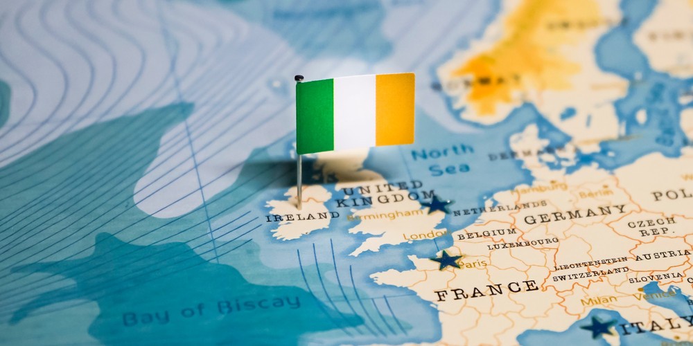Flag of Ireland in the world map